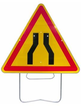 Panneau de danger AK3 chaussée rétrécie avec support